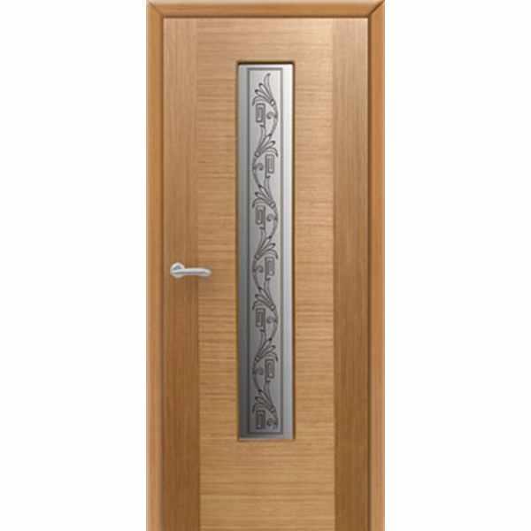 Дверь межкомнатная Карат шпон дуб, остекленное, 80 см.